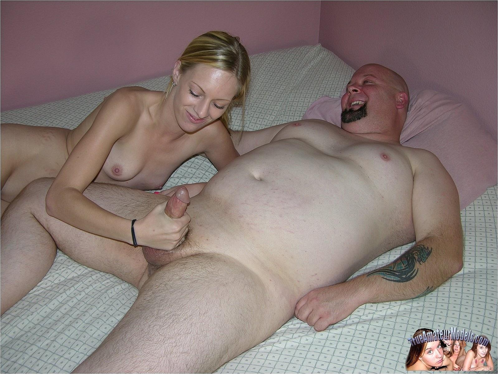 Фото две толстушки и мужик 12 фотография