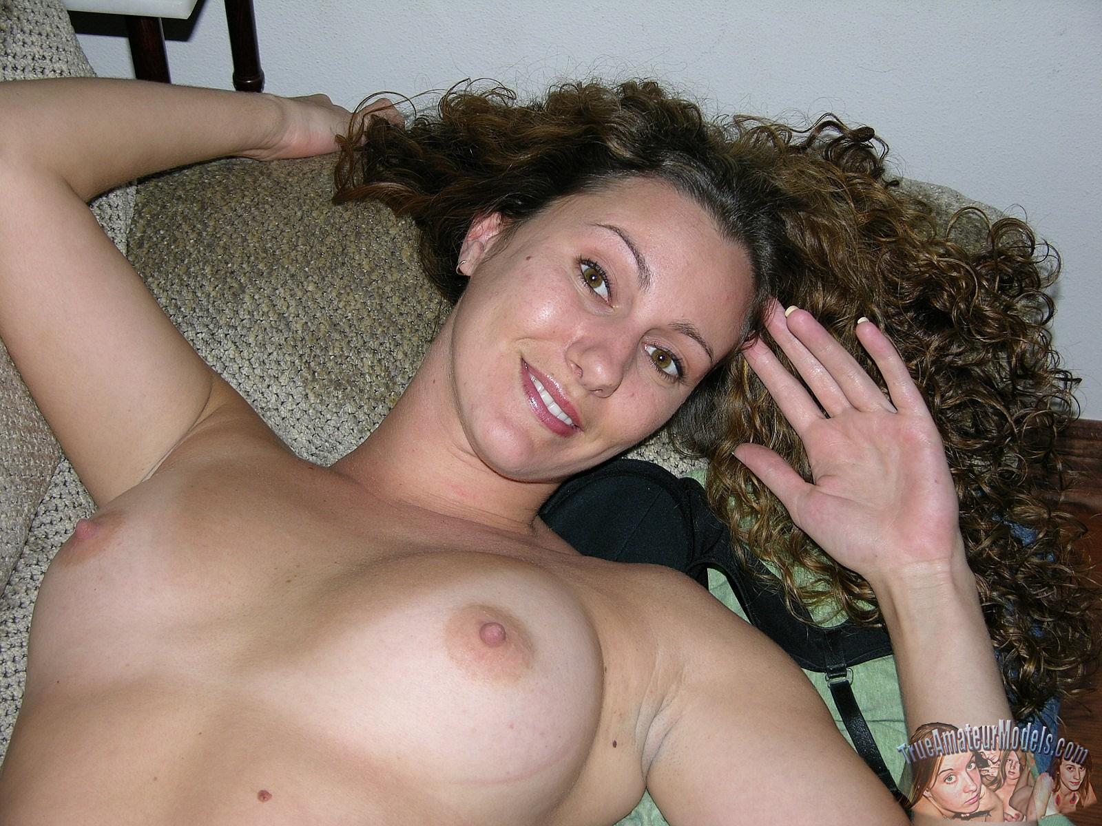 Amateur women nude sites