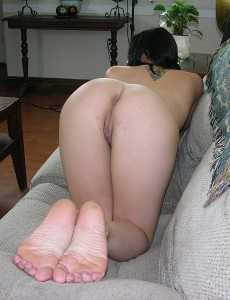 ass-foot-fetish-pics-trueamateurmodels-anna10