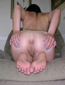 ass-foot-fetish-pics-trueamateurmodels-anna13