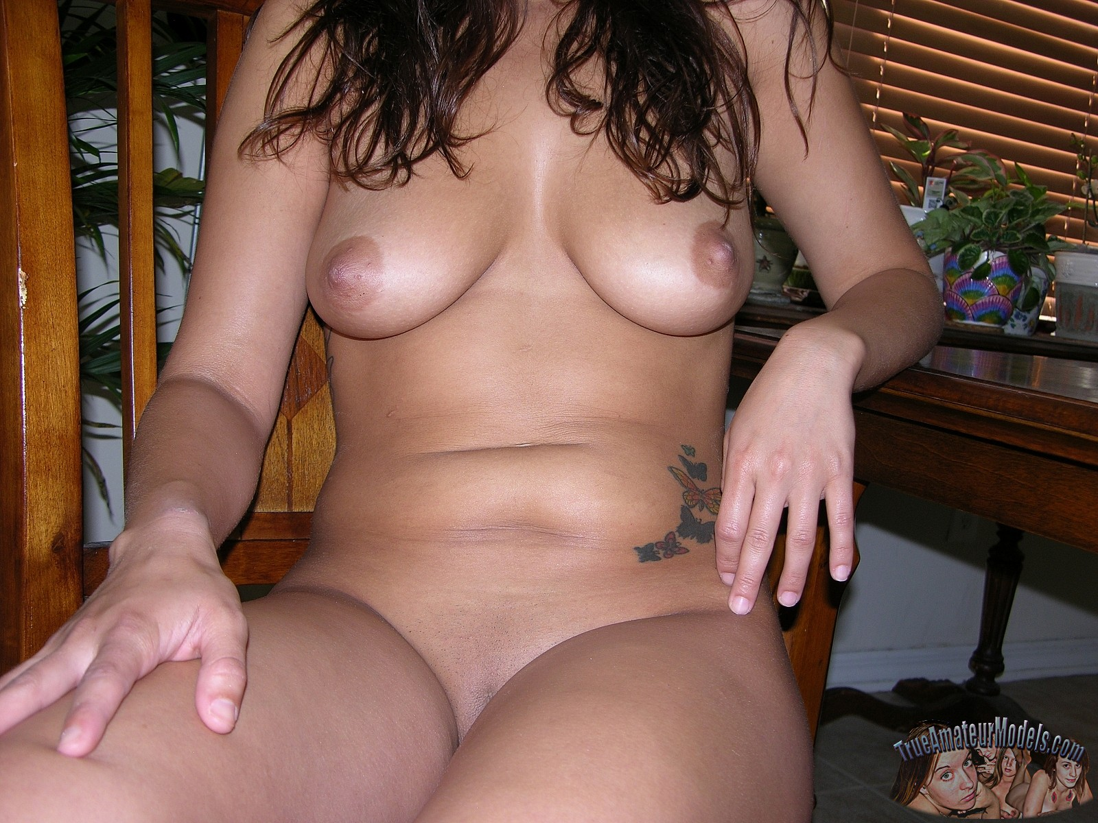 big-tits-babe-dulce-model2