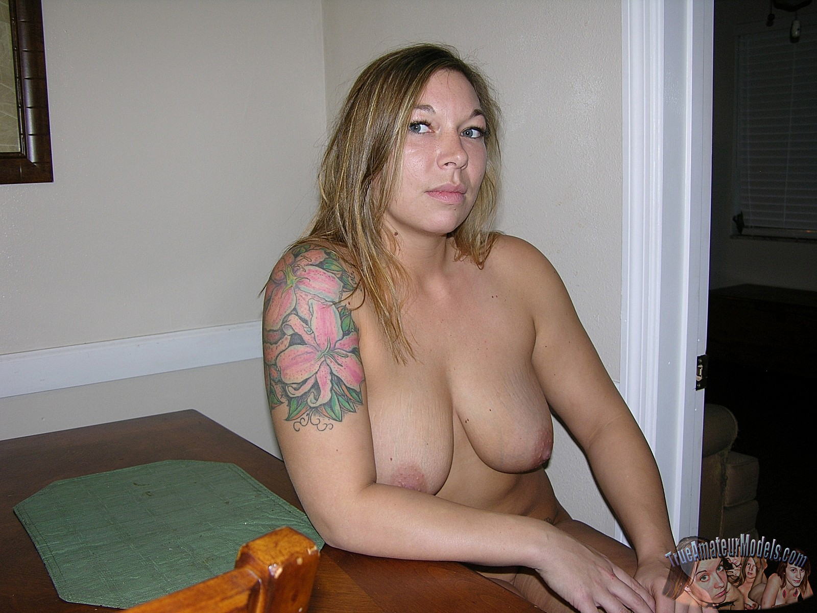 big-tits-valerie-model18