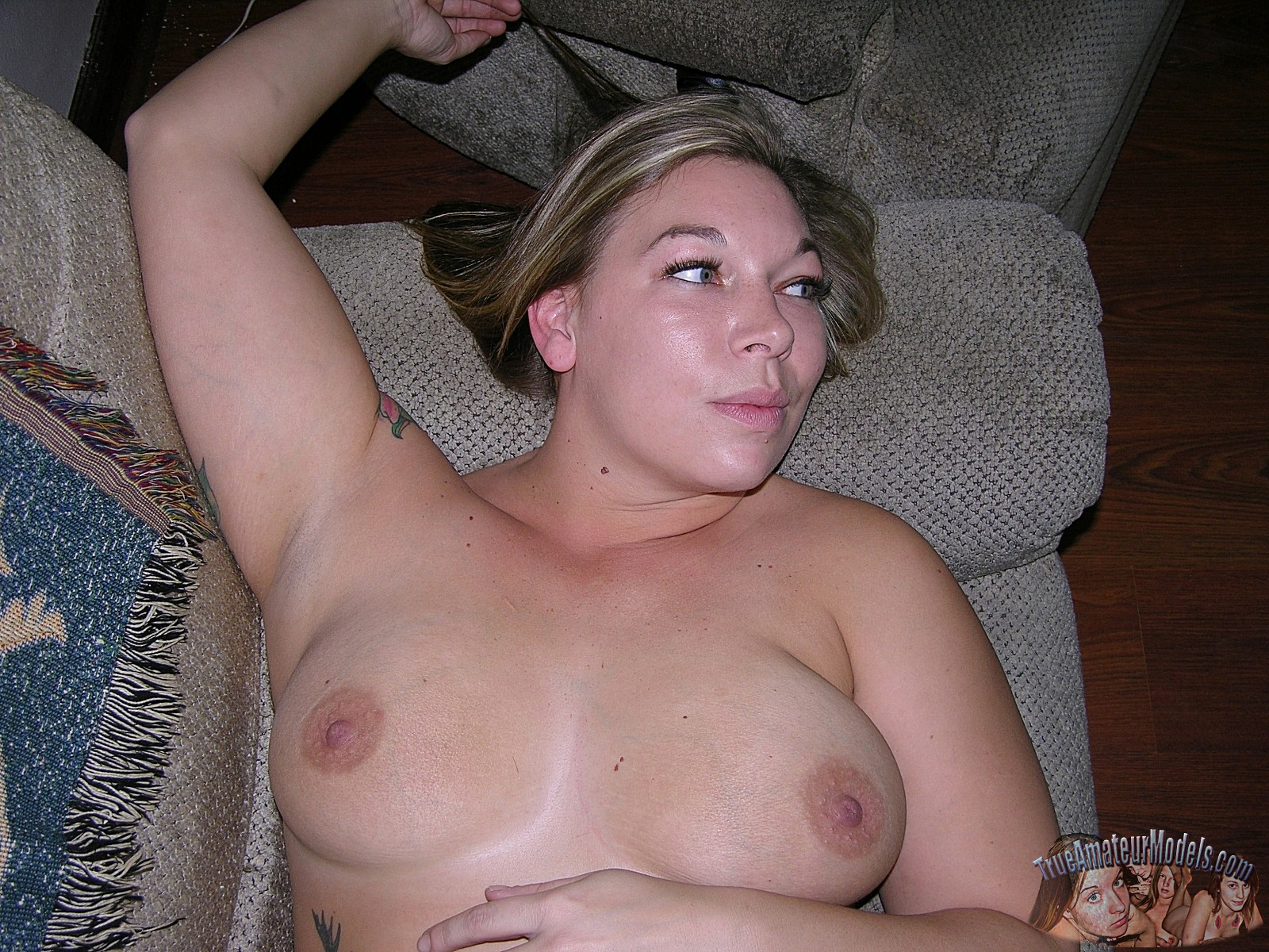big-tits-valerie-model6