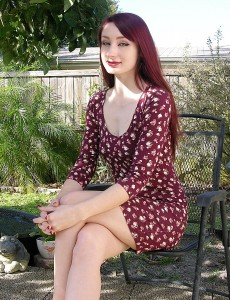 hairy-pussy-redhead-violet-model1