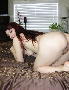 hairy-pussy-redhead-violet-model7