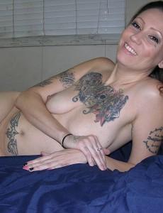 nude-tattooed-biker-babe10