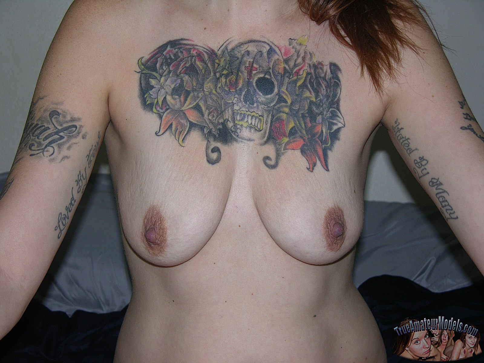 nude-tattooed-biker-babe17