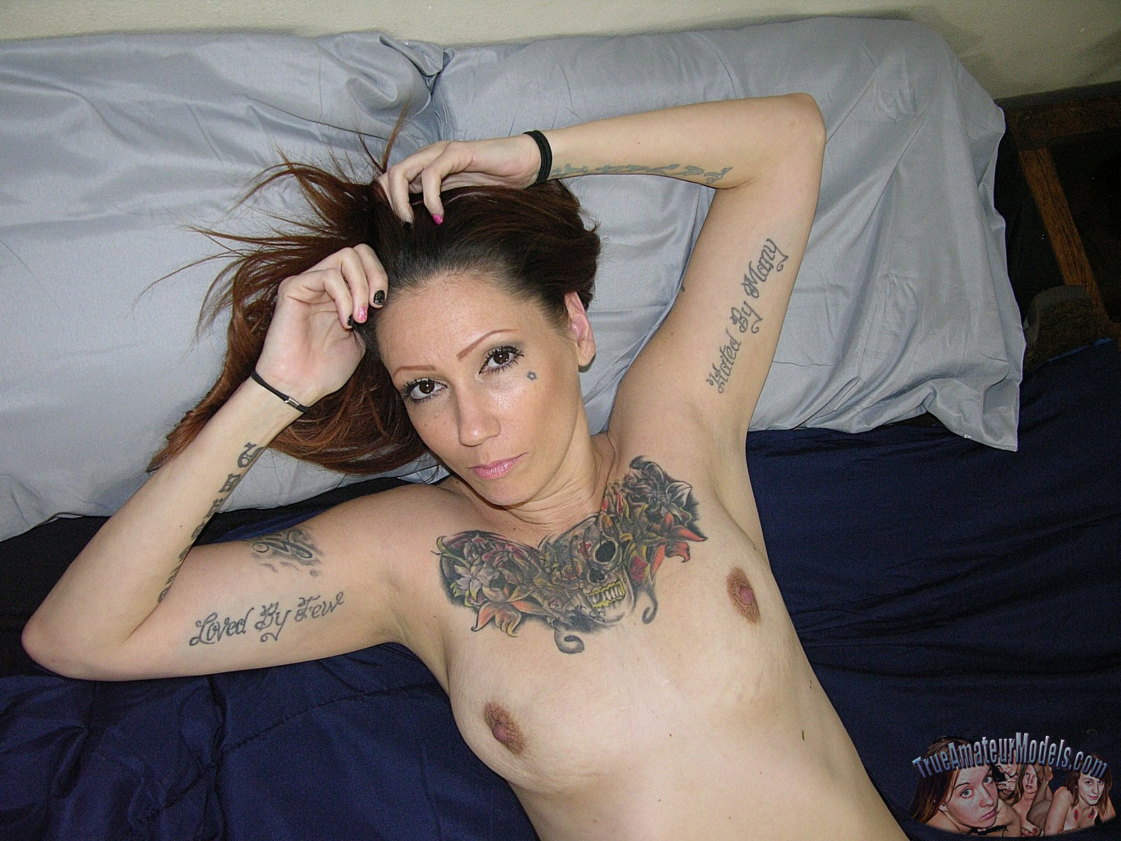 nude-tattooed-biker-babe19