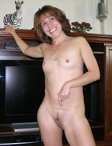 skinny-mature-milf-sage3